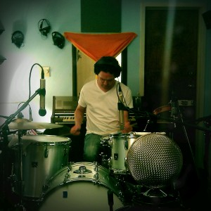 """Jeremy Wheatley on percussion for Dare Dukes' """"Mighty Love"""""""
